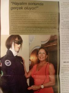 Ahu hanım botokslu astronot maketiynen