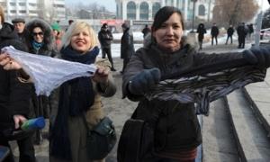 Kazakistan : Donuma dokunma !